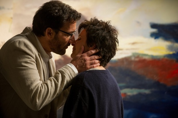 WORDS AND PICTURES Clive Owen and Juliette Binoche
