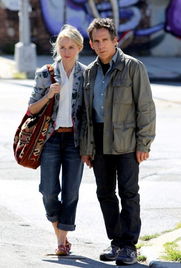 While We're Young Set Photo 01