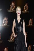 Jennifer Lawrence Red Carpet Photos From THE HUNGER GAMES: CATCHING FIRE Movie Premiere in Paris