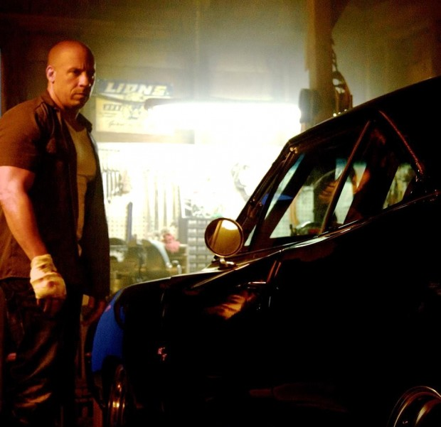 FAST & FURIOUS 7 Image 01