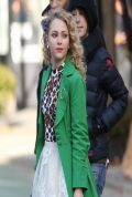 AnnaSophia Robb on the Set of THE CARRIE DIARIES in New York City