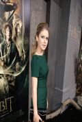 Rose McIver at THE HOBBIT: THE DESOLATION OF SMAUG Premiere in Hollywod
