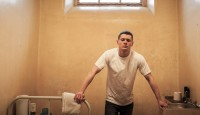 STARRED UP Image 01