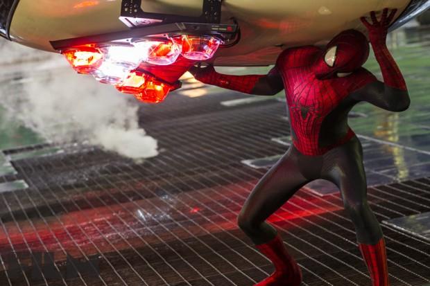 THE-AMAZING-SPIDER-MAN-2-Image-04