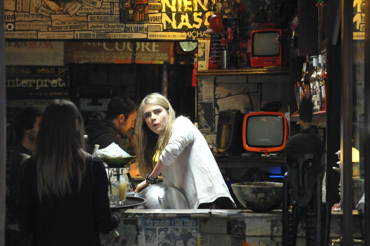 THE FACE OF AN ANGEL Set Photos Starring Cara Delevingne