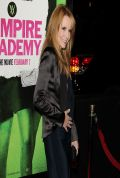 Lea Thompson on Red Carpet – VAMPIRE ACADEMY Premiere in Los Angeles
