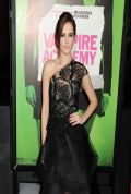 Zoey Deutch on Red Carpet - VAMPIRE ACADEMY Premiere in Los Angeles